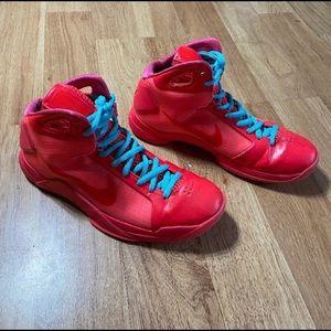 Men's sneaker size 10 Nike